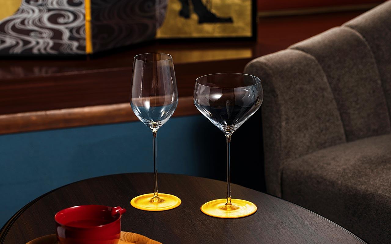 リーデルと開発発売した24K金箔の大吟醸純米酒グラス